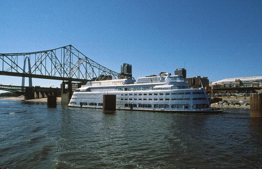 Admiral, St. Louis