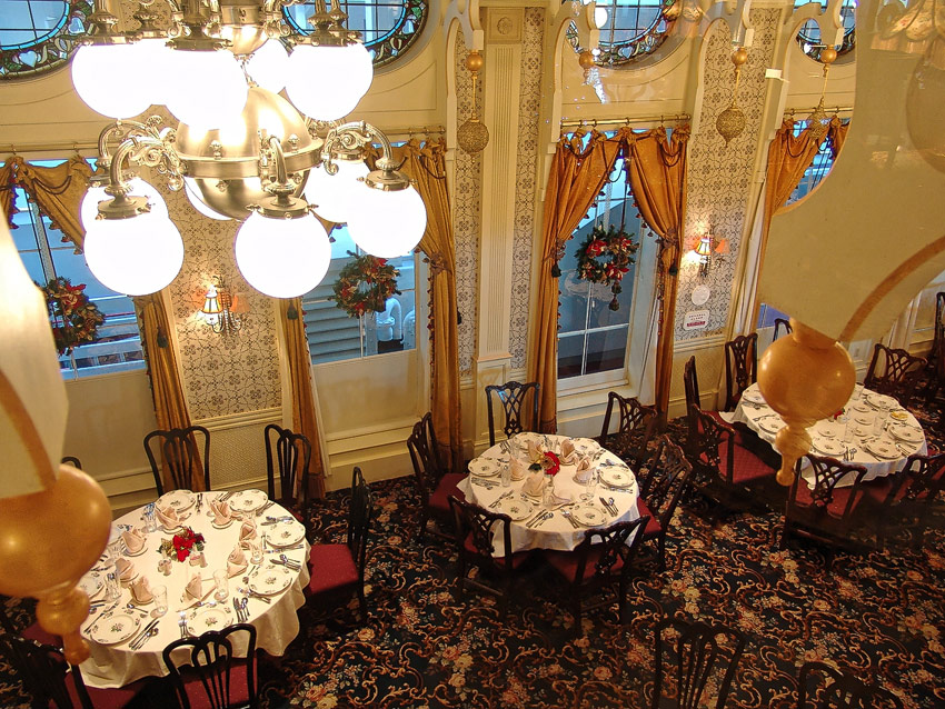 American Queen - J. M White dining room