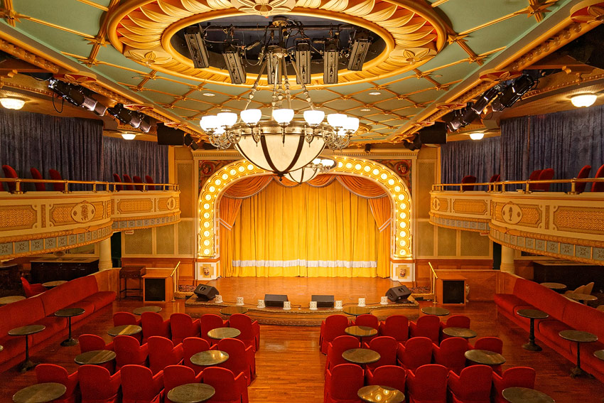 American Queen - theater