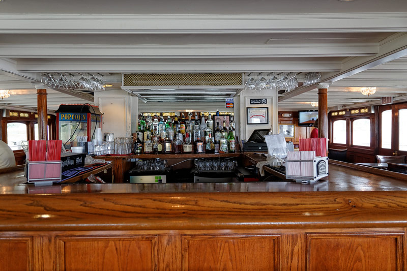 Delta Queen - Texas Bar