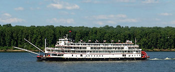 Str. Delta Queen on the Upper Mississiippi River